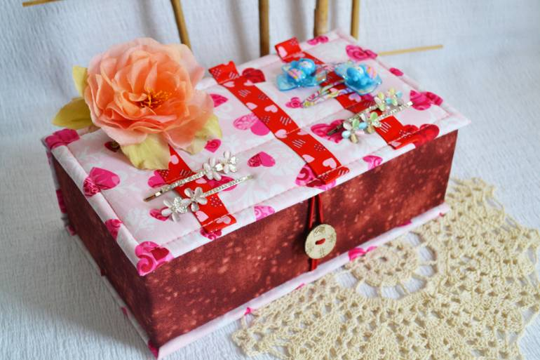 Как сделать шкатулку своими руками в подарок — для женских секретов