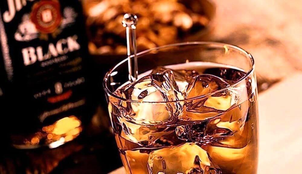 Как пить виски, чтобы оценить его по достоинству