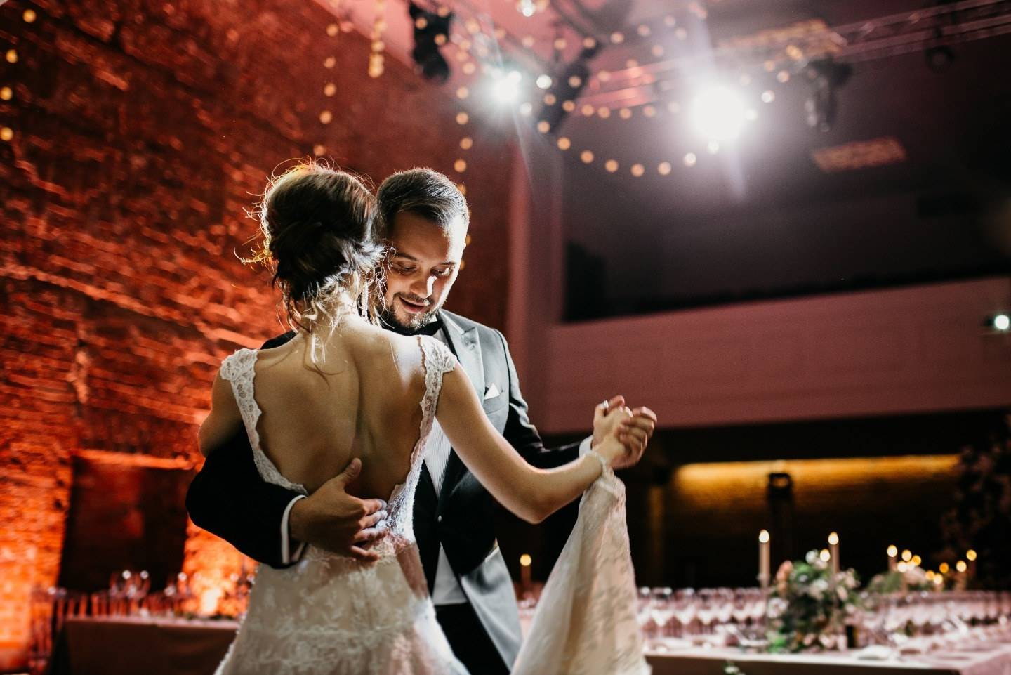 Трогательно и зажигательно — свадебный танец