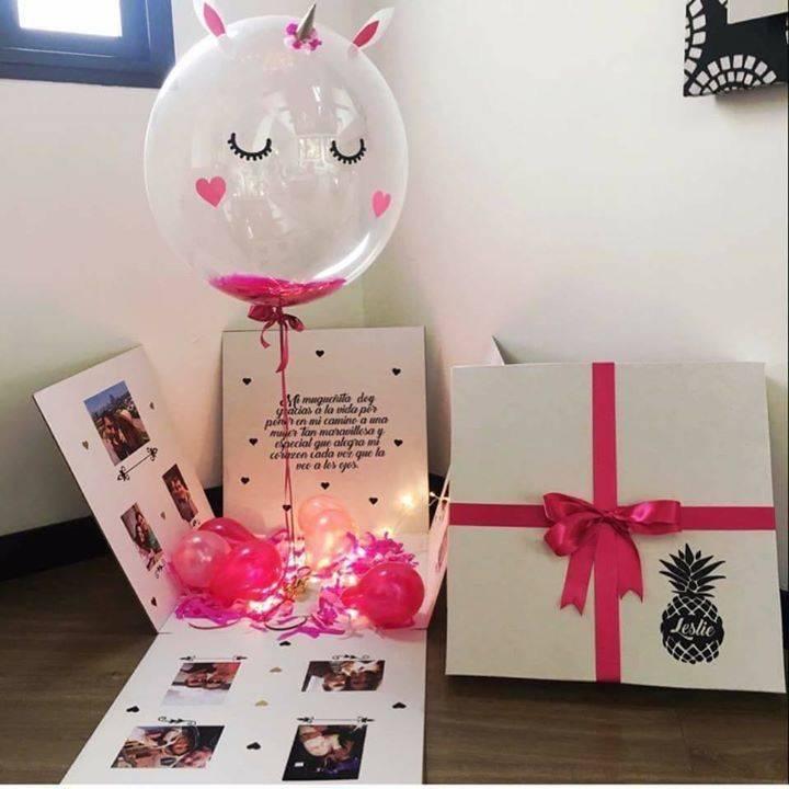 Сюрприз на день рождения подруге: что выбрать и как подарить