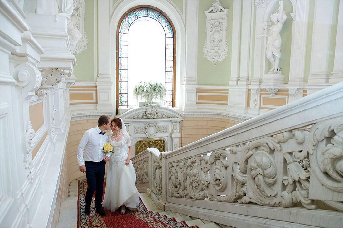 Загсы Санкт-Петербурга: от центра до пригородов