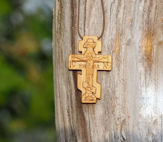 Можно ли дарить крестик — не просто украшение