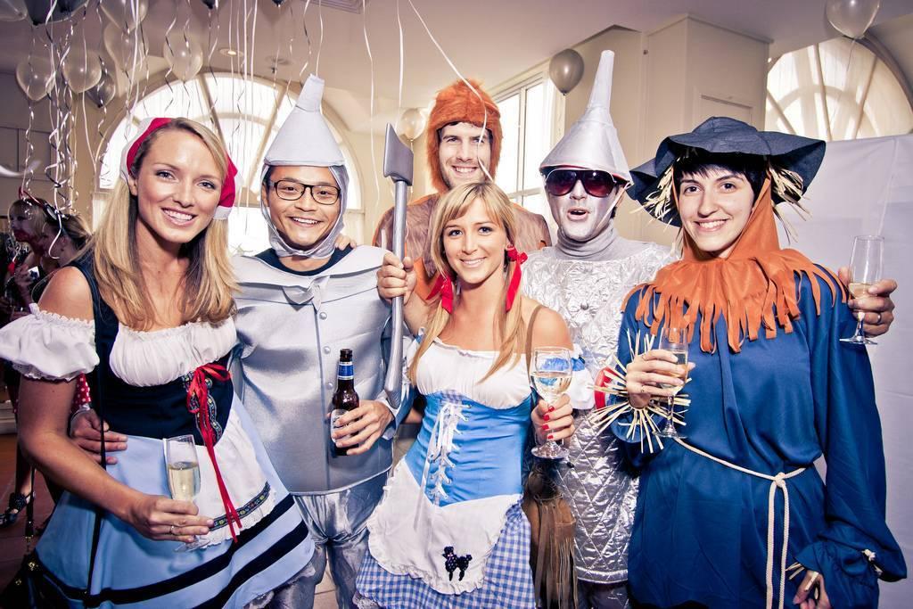 Как устроить новогоднюю корпоративную вечеринку Идеи сценариев
