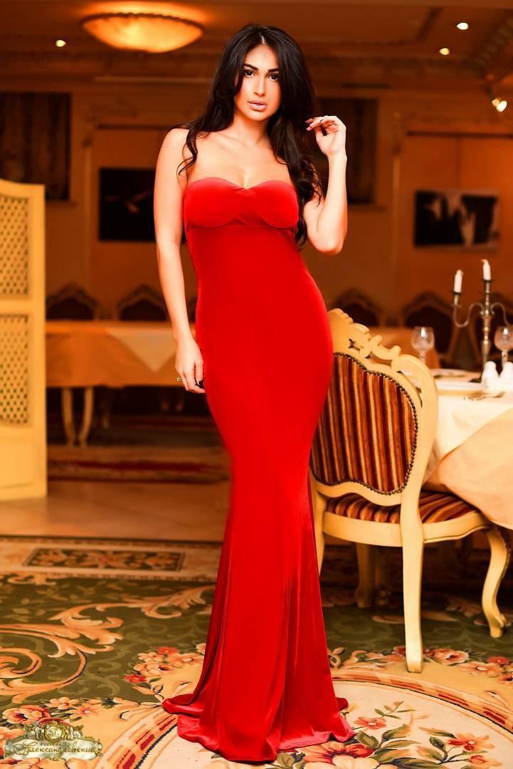 Как найти свое вечернее платье в пол?