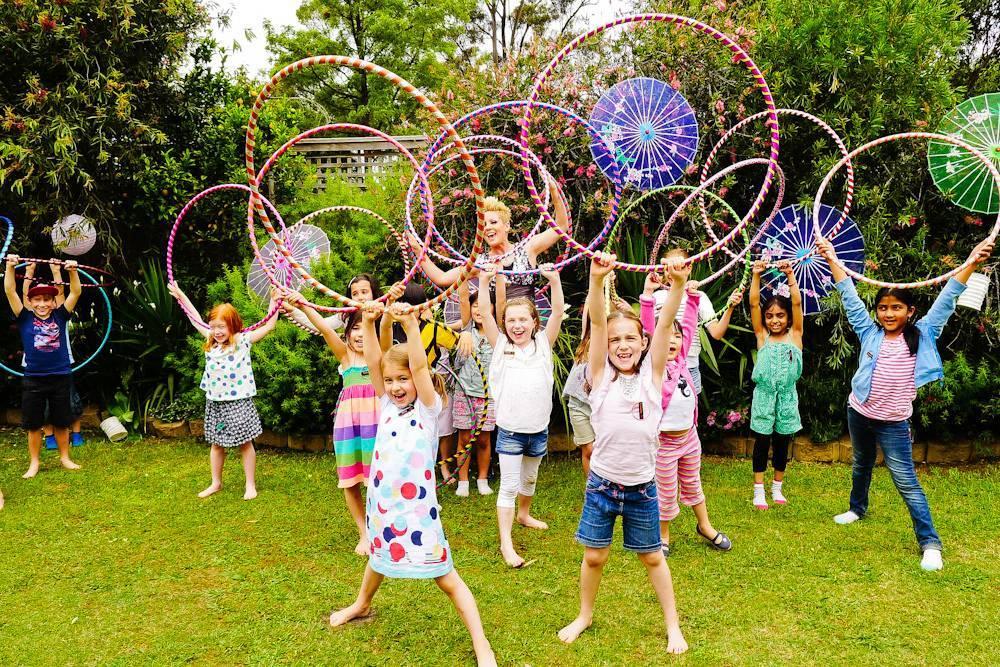 Чем можно развлечь детей во время празднования дня рождения?