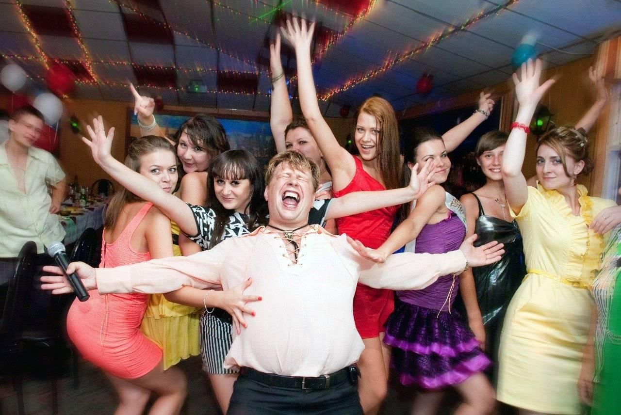 Танцевальные конкурсы на корпоратив 23 Февраля и 8 Марта