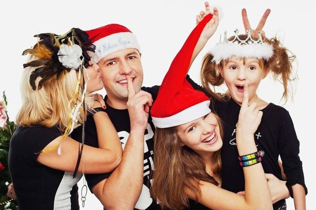 Смешные и интересные сценки на Новый год