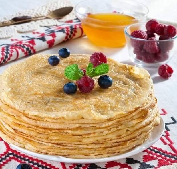 Самые удачные блины на Масленицу — рецепты и начинки