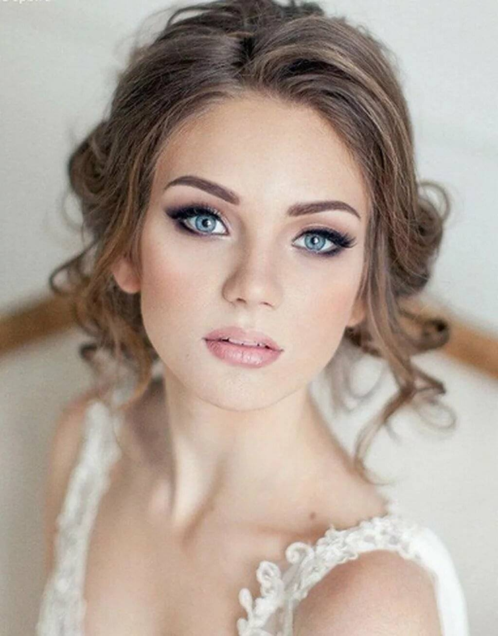 Какой макияж на свадьбу подойдет вам?