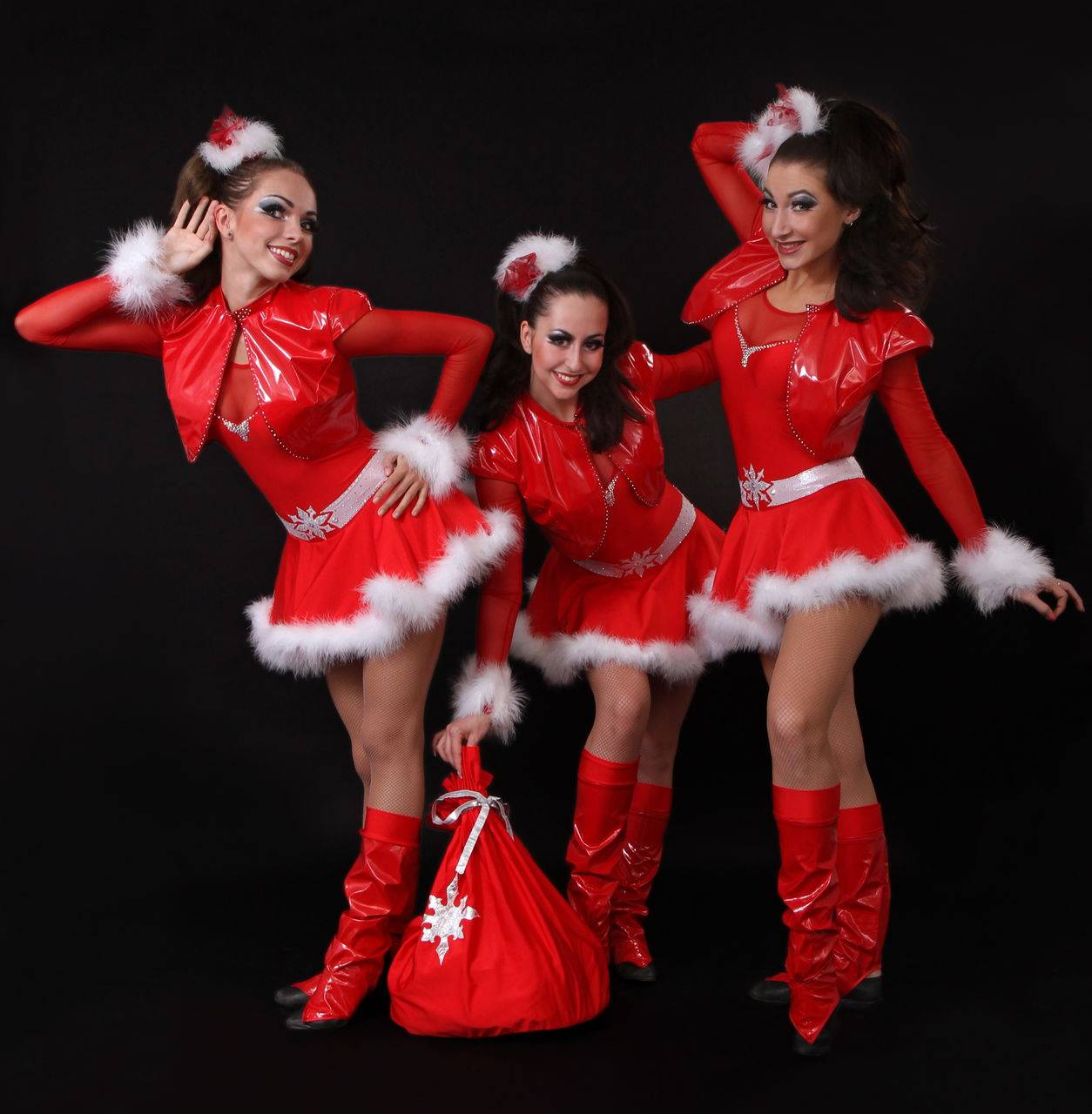 """Новогоднее танцевальное шоу """"Танцы на ННП"""""""