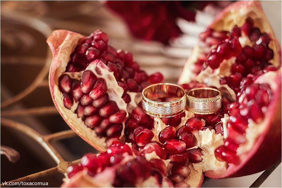 Отмечаем 19 лет свадьбы: какая свадьба и какой подарок подходит к этой дате