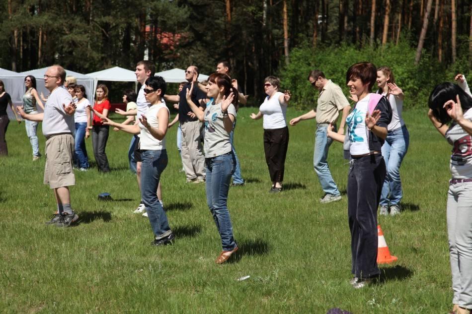 Корпоратив на природе: как организовать и какие конкурсы провести