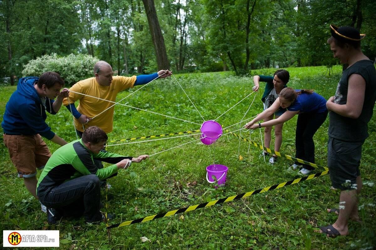 Веселые и подвижные игры для взрослой компании на природе