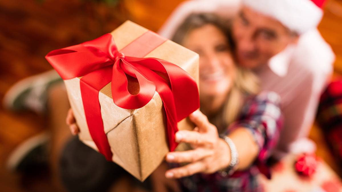 Подарки на Рождество своими руками — еще один прекрасный повод порадовать близких