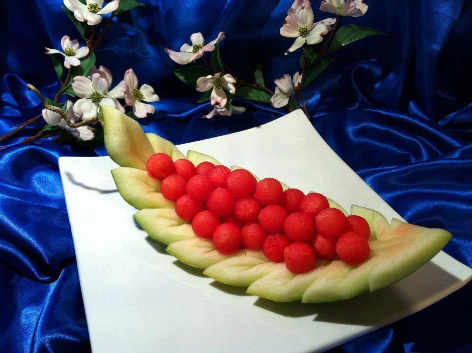 Праздничная нарезка арбуза и дыни