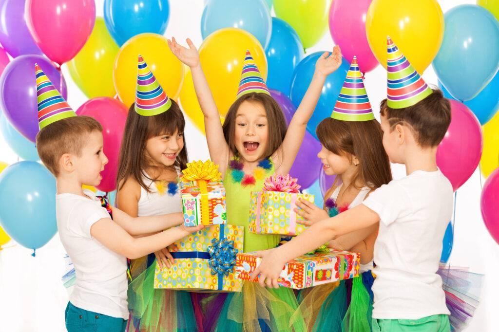 Интересное видео с детского дня рождения