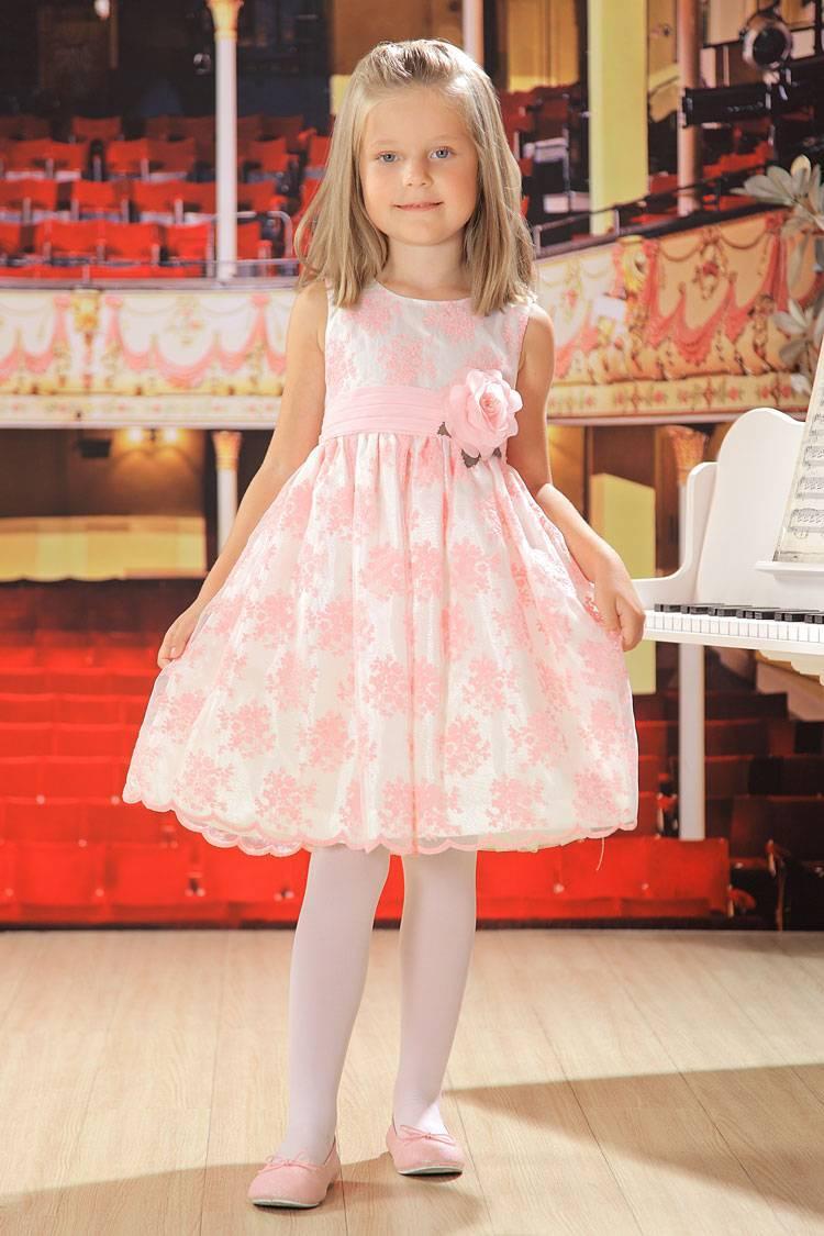 Платье для выпускного: готовим маленькую принцессу к первому балу