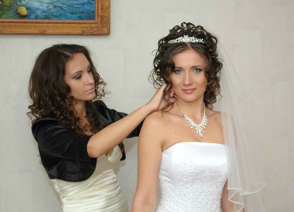 Советы по выбору свадебной прически — невесте, свидетельнице, маме жениха