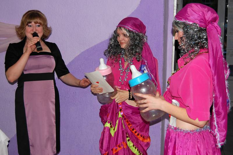 """Костюмированное поздравление на юбилей женщины """"Амур-бедолага"""""""