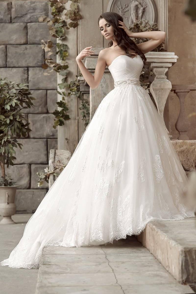 Выбираем наряд невесты: свадебное платье цвета айвори
