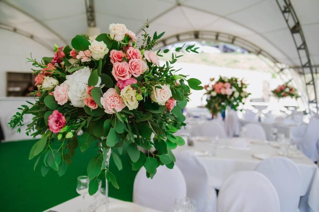 Свадебная флористика — от бутоньерки до гирлянды