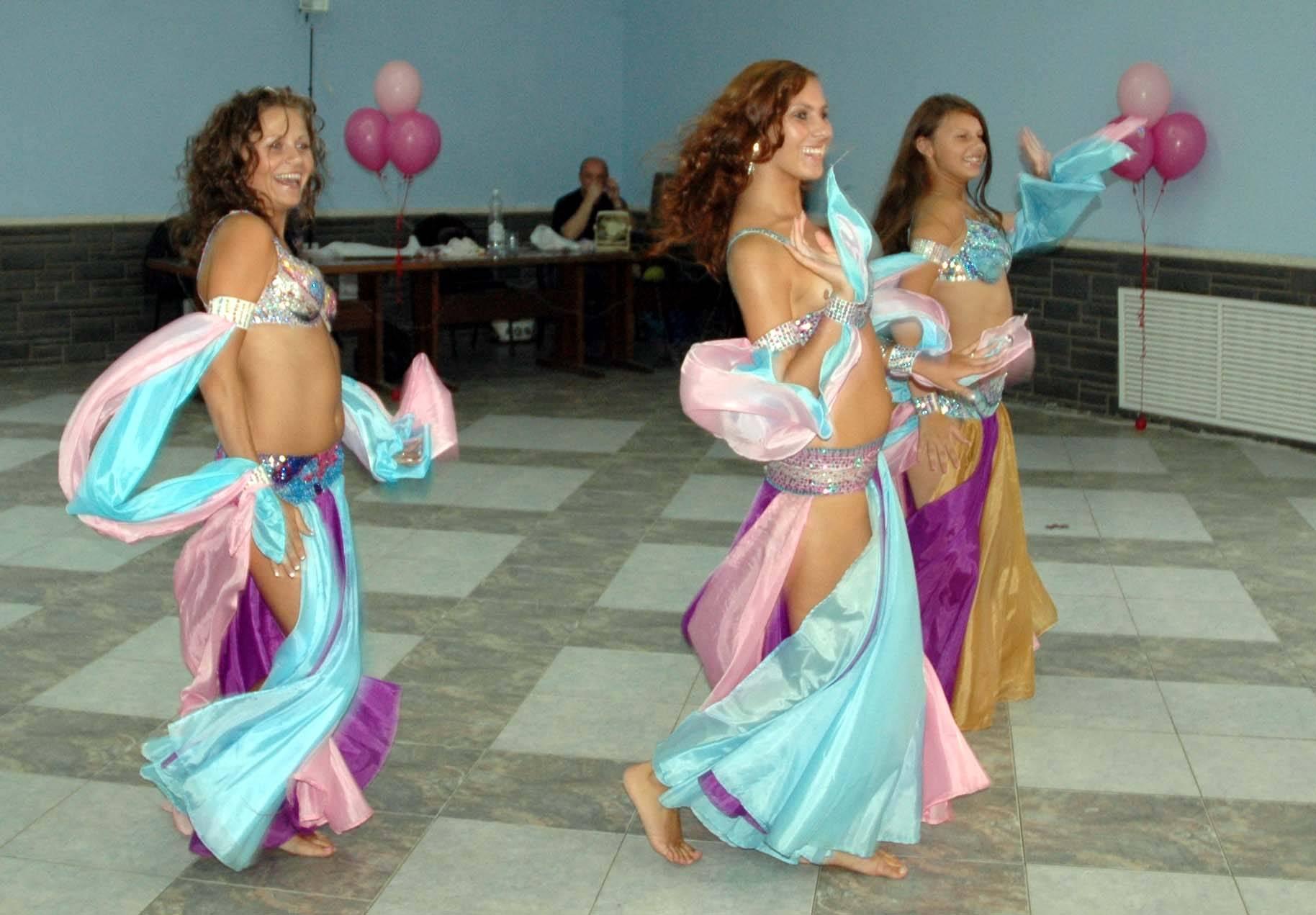 """Коллекция танцевальных конкурсов и батлов """"Свадебные перетанцовки"""""""