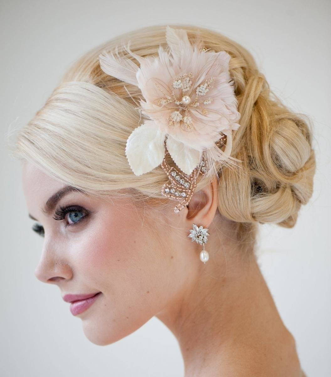 Свадебные прически на короткие волосы — и здесь допустимы эксперименты