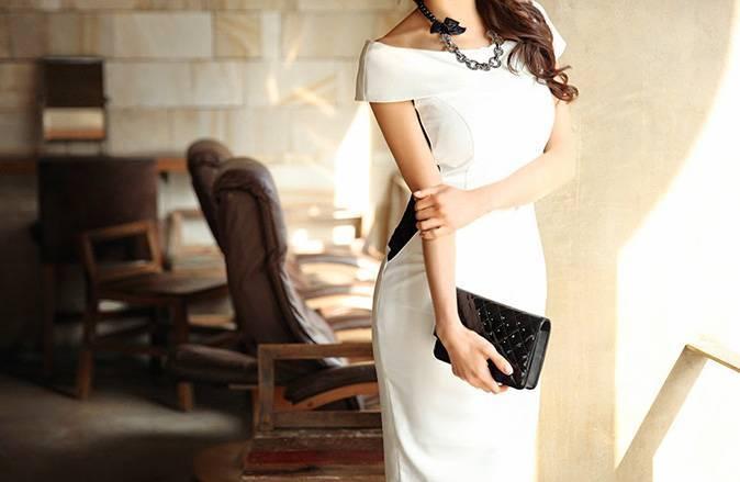 Универсальное платье-футляр — утонченной простоты экземпляр