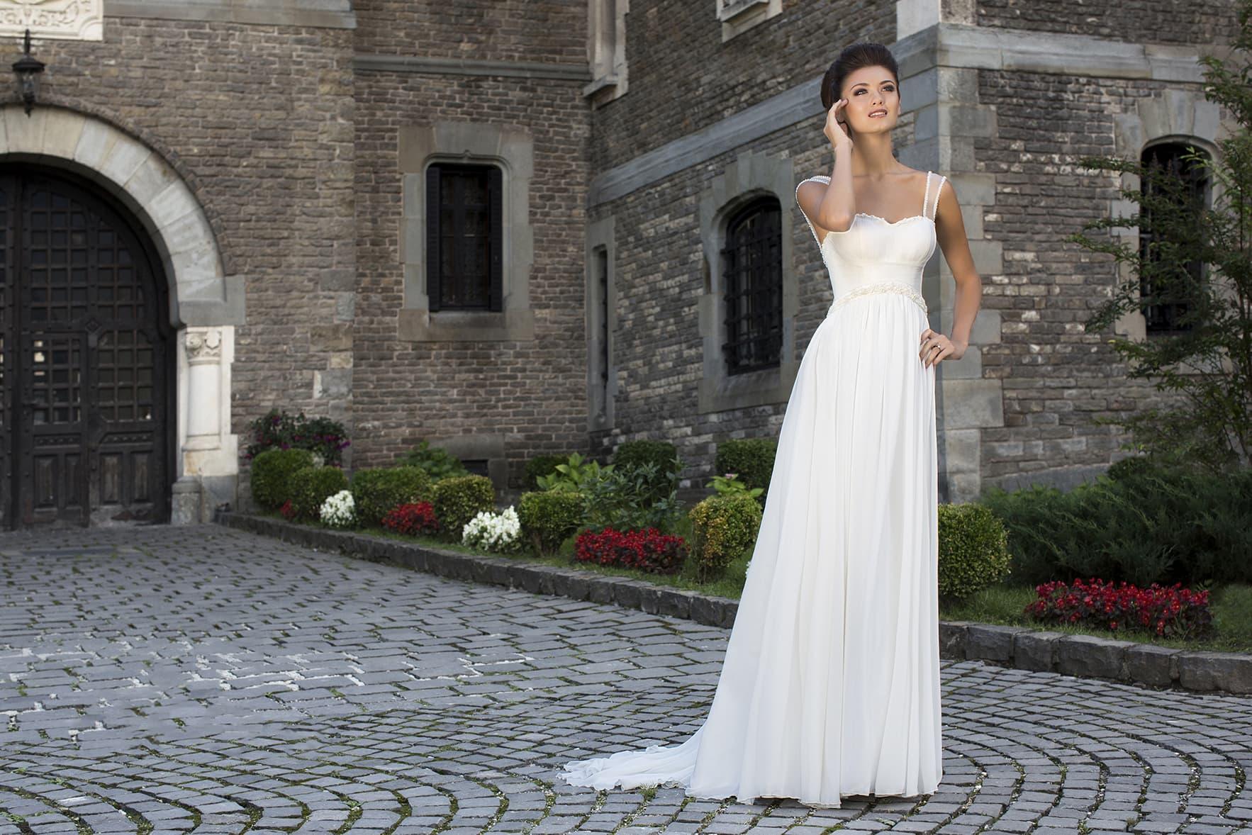 Как выбрать свадебное платье в стиле ампир?