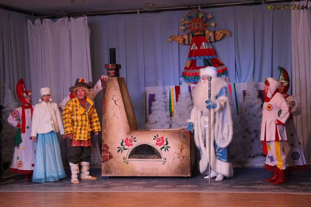 """Сценарий театрализованного представления для детей """"Как Масленицу искали"""""""