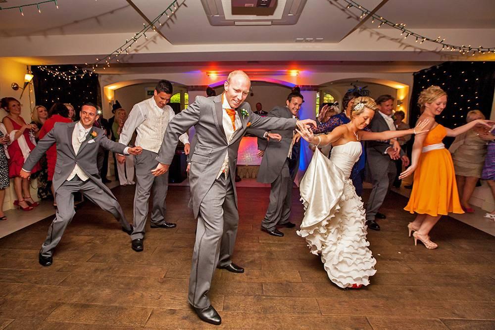 """Костюмированная сценка на свадьбе """"Брачный танец"""""""