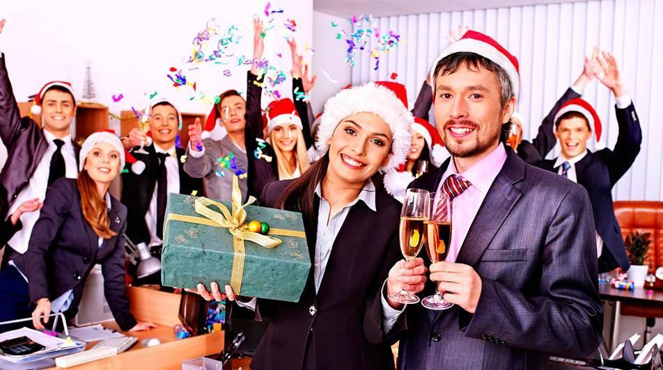 Конкурсы на новогодний корпоратив, которые способны развеселить любую компанию