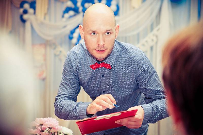 Тамада на свадьбе: вездесущий и всемогущий