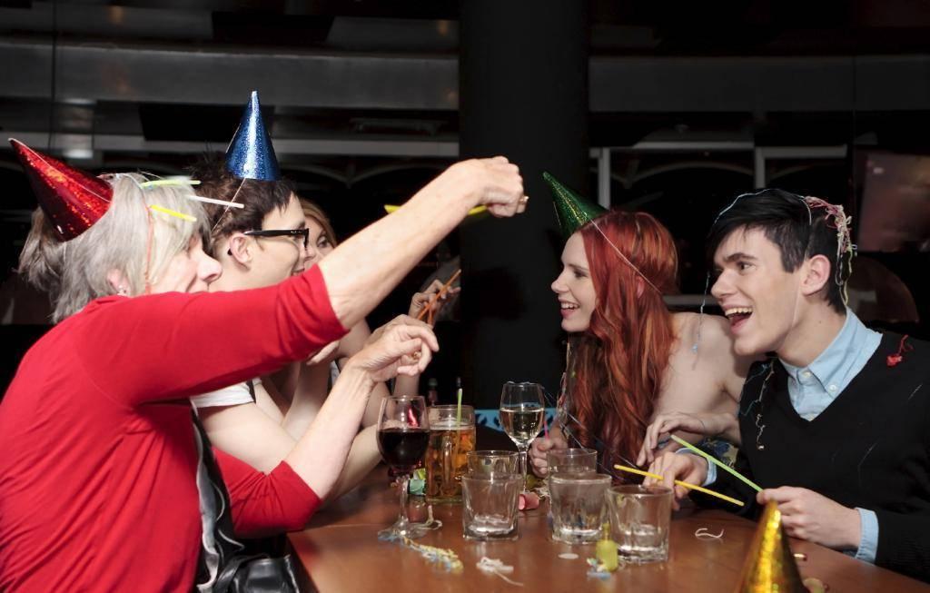 Прикольные конкурсы для дружеской вечеринки