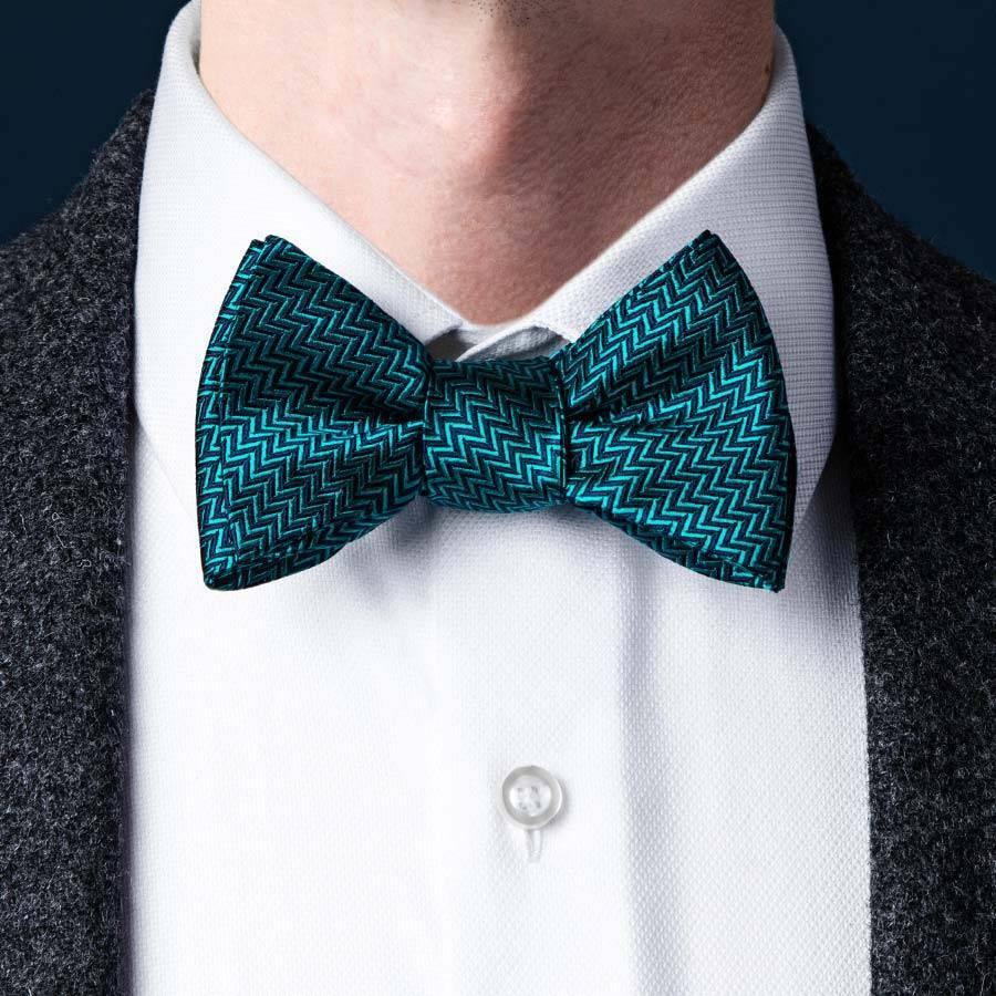 Как завязать галстук-бабочку — простые способы сделать свой праздничный образ неотразимым