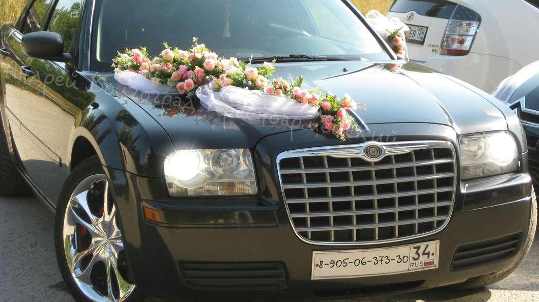 Украшение на свадебную машину — варианты оформления своими руками