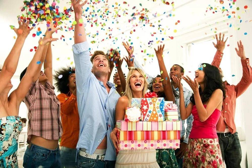 Как познакомить гостей на своем празднике?