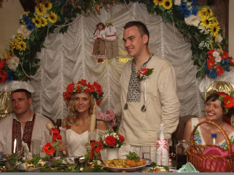 Колоритная украинская свадьба и ее уникальные обряды