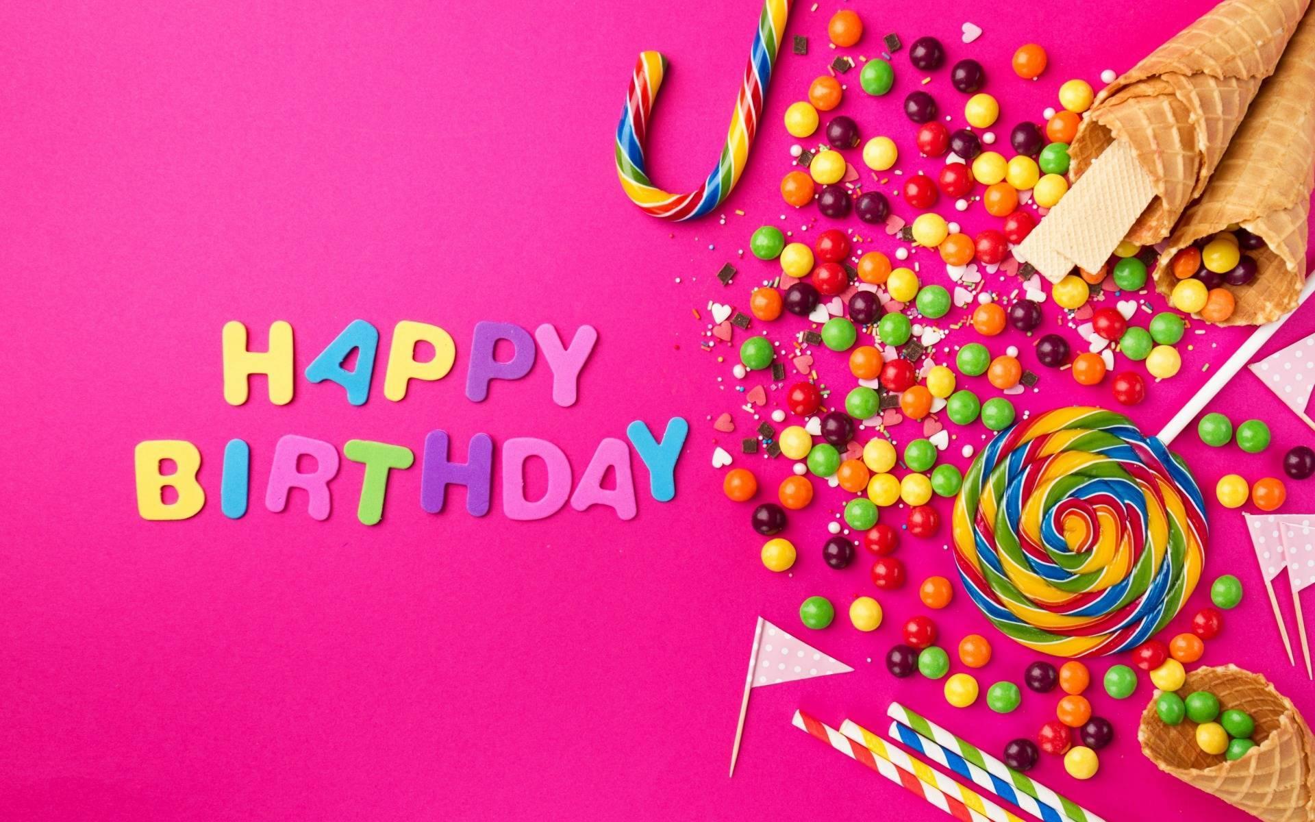 Как поздравить девушку с днем рождения и не быть банальным?