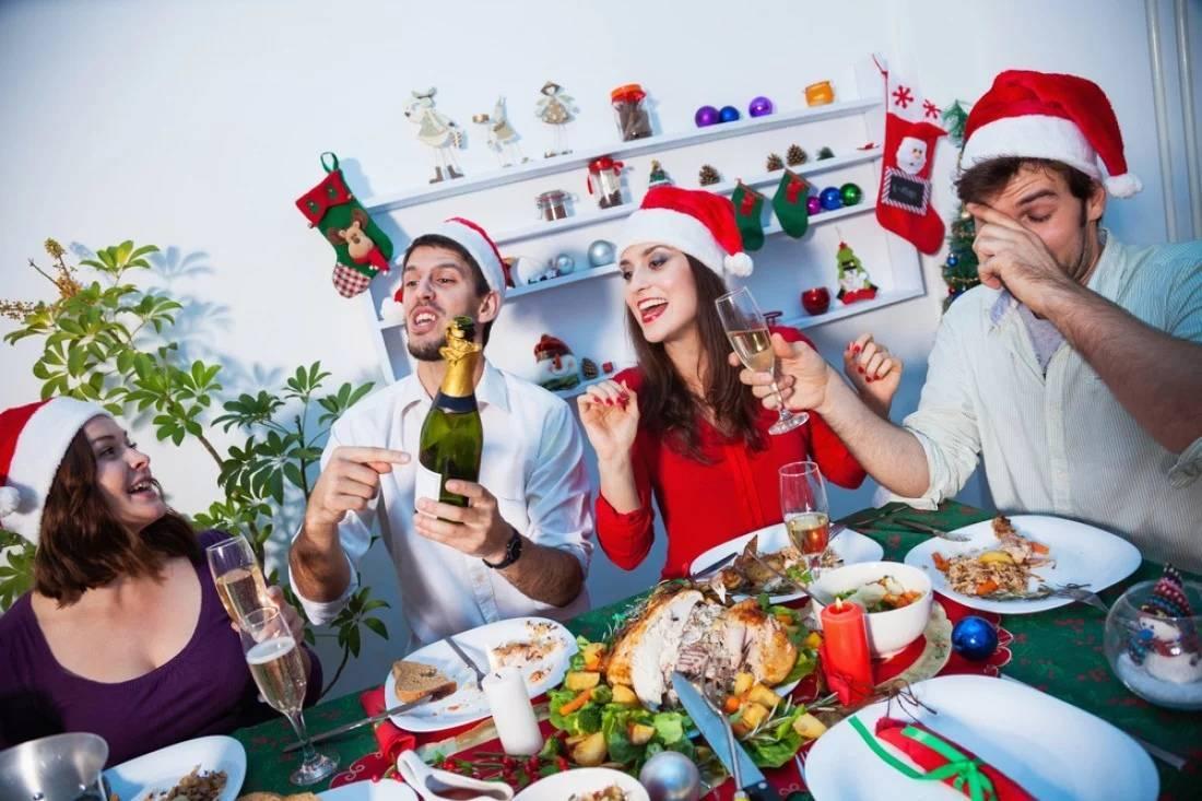 Новогодние застольные игры и викторины