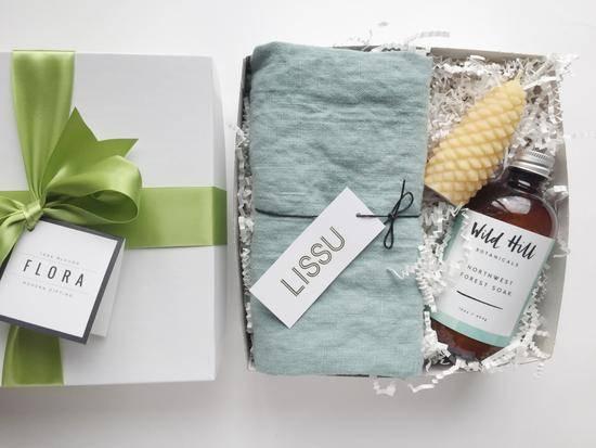 Что подарить теще на день рождения — идеи для заботливого зятя