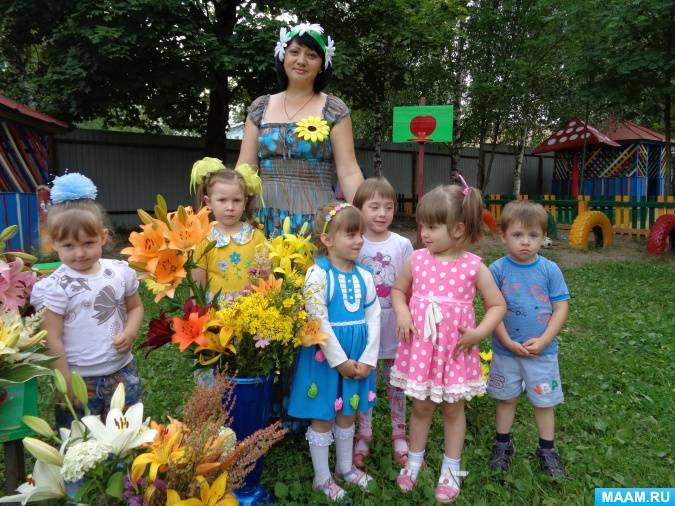 Цветочный день рождения маленькой принцессы 4-7 лет