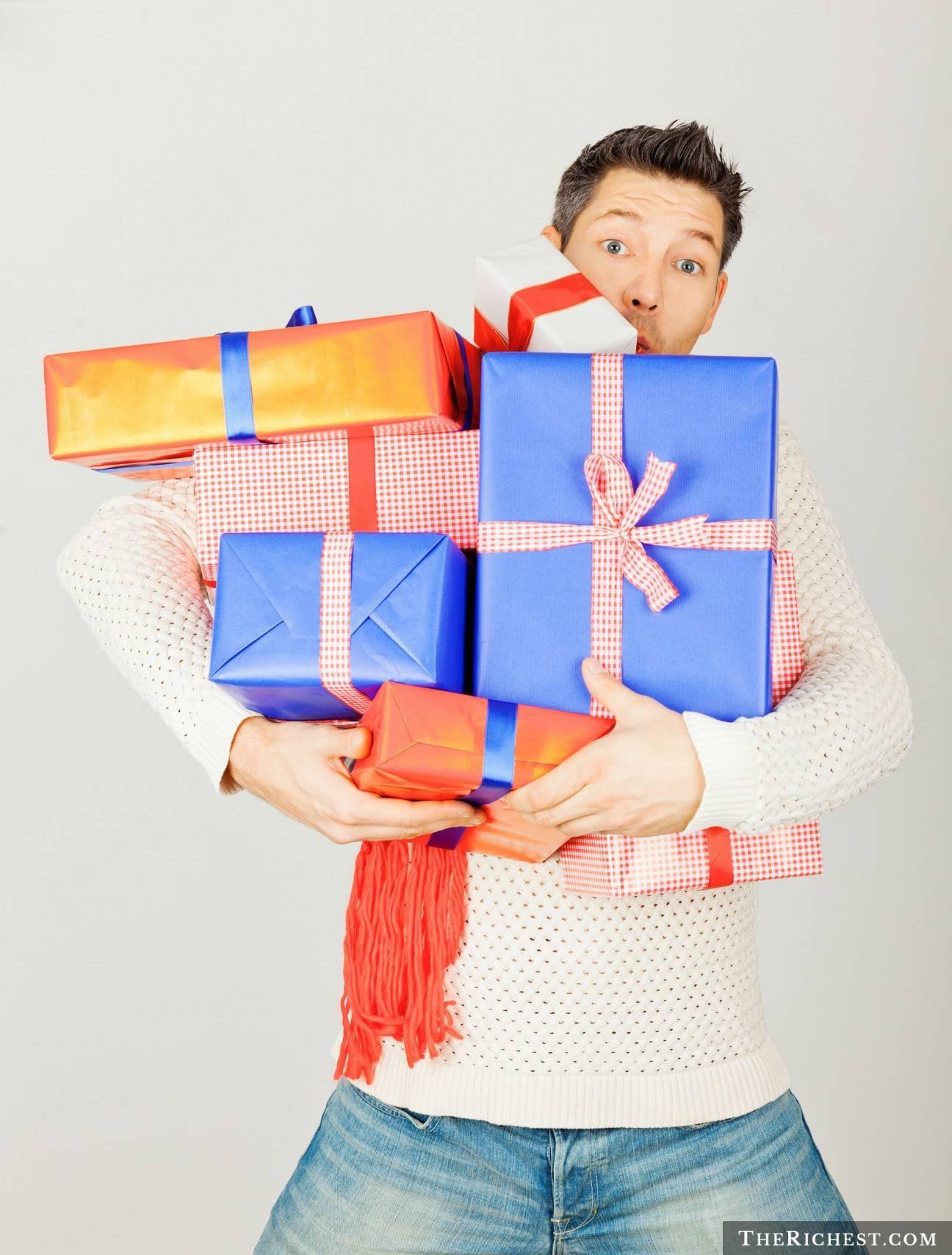 Что подарить дяде на день рождения — советы племянникам