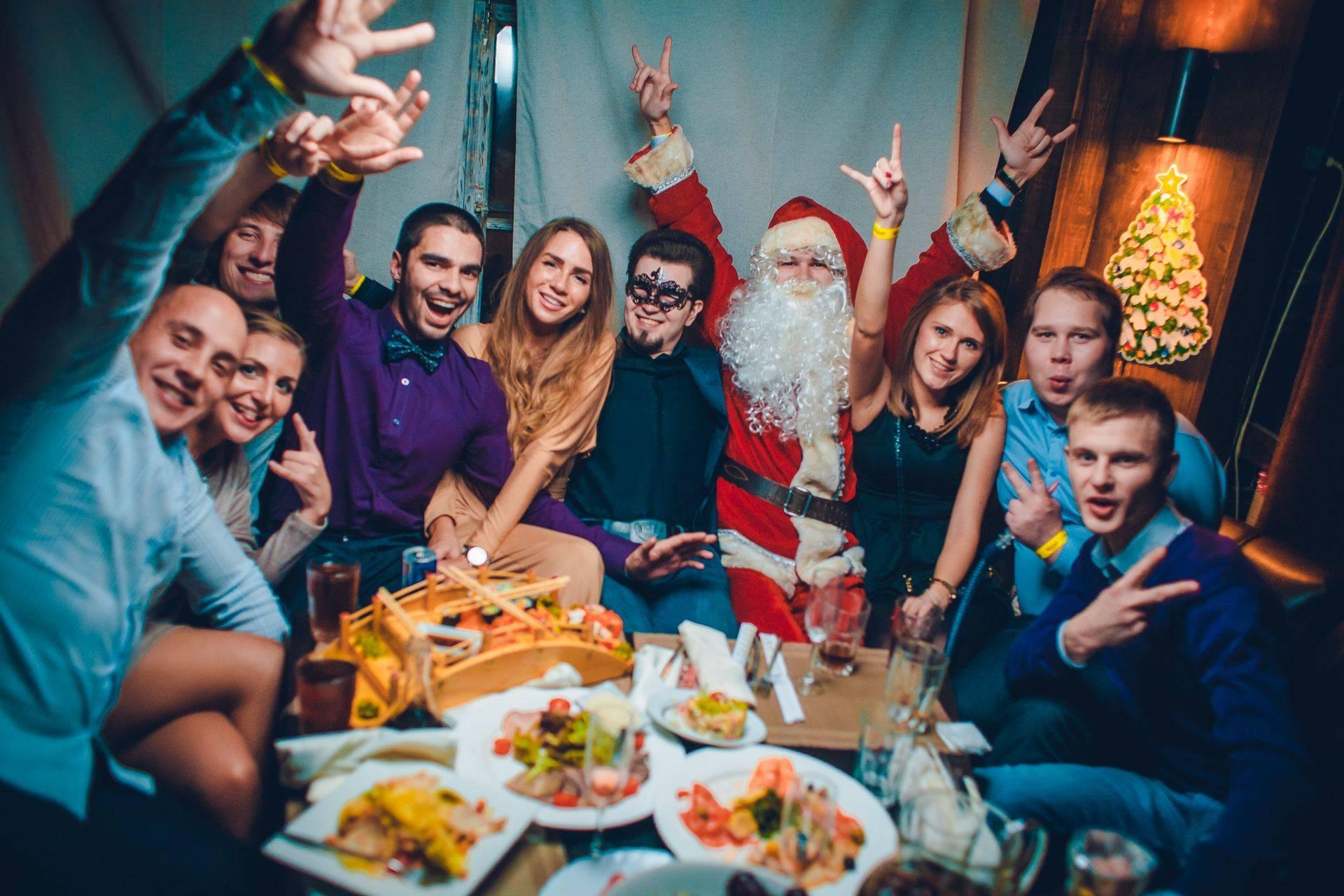Где встретить Новый Год  — мероприятия, программы и туры