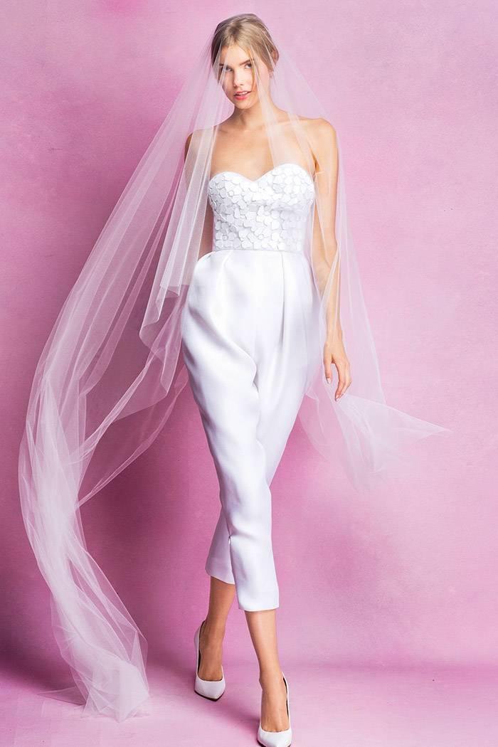 Свадебный костюм для невесты: остромодно, ультрасовременно, суперсмело!