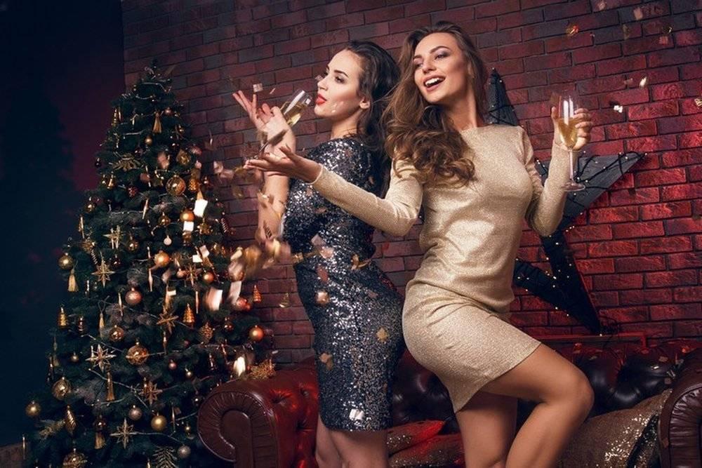 Пора выбирать, в чем встречать Новый год