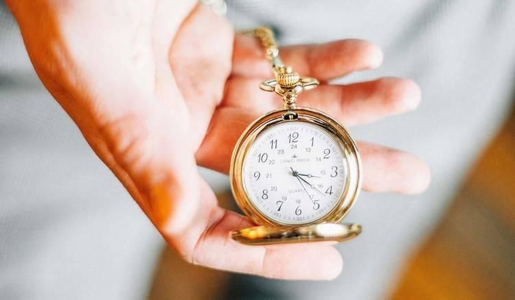 Какие подарки не следует дарить: мистические приметы и логические обоснования