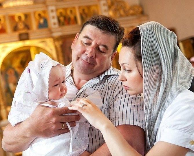 Крещение ребенка — священный оберег