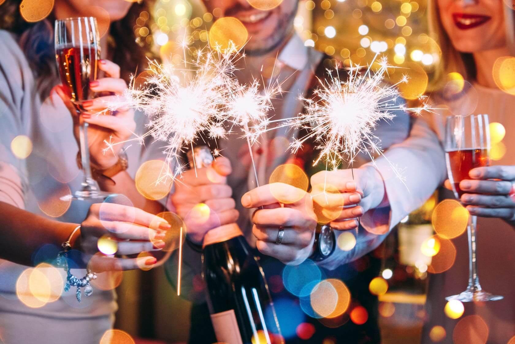 Главный праздник года с коллегами, или Сценарии для новогоднего корпоратива