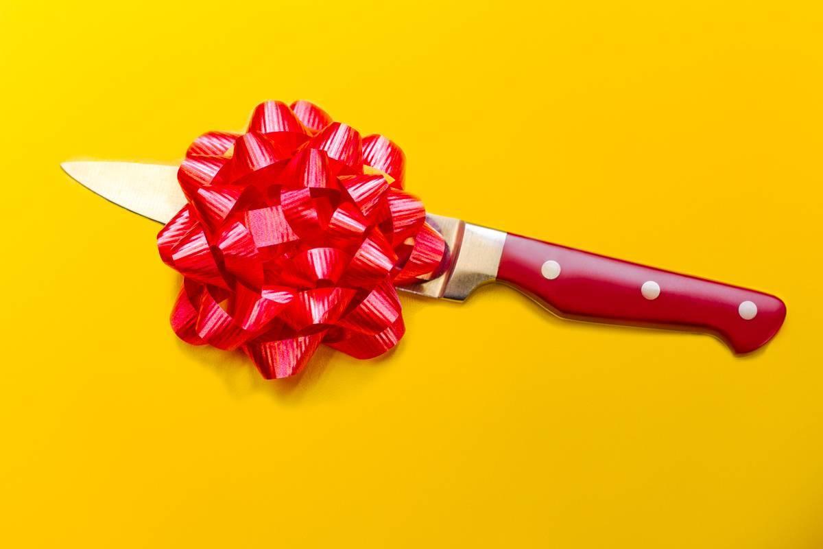 «Острая» проблема: можно ли дарить ножи?